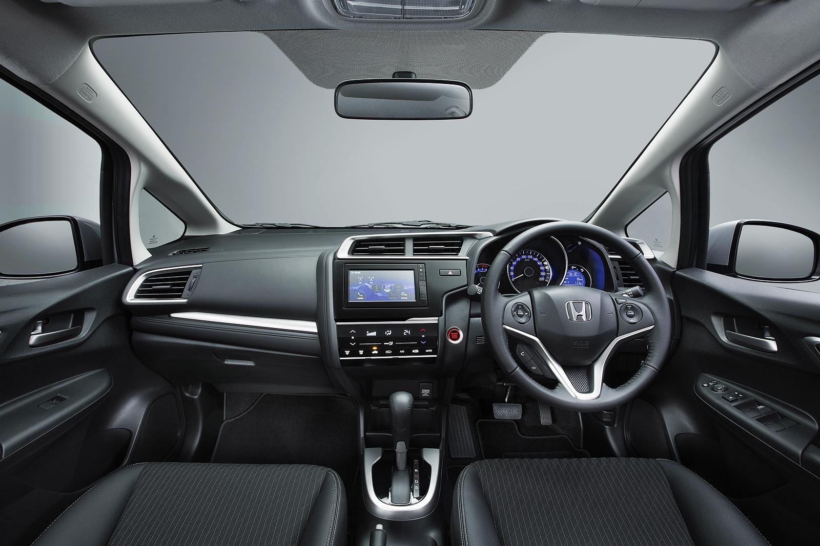 930 Gambar Mobil Honda Jazz Merah Terbaru HD Terbaik