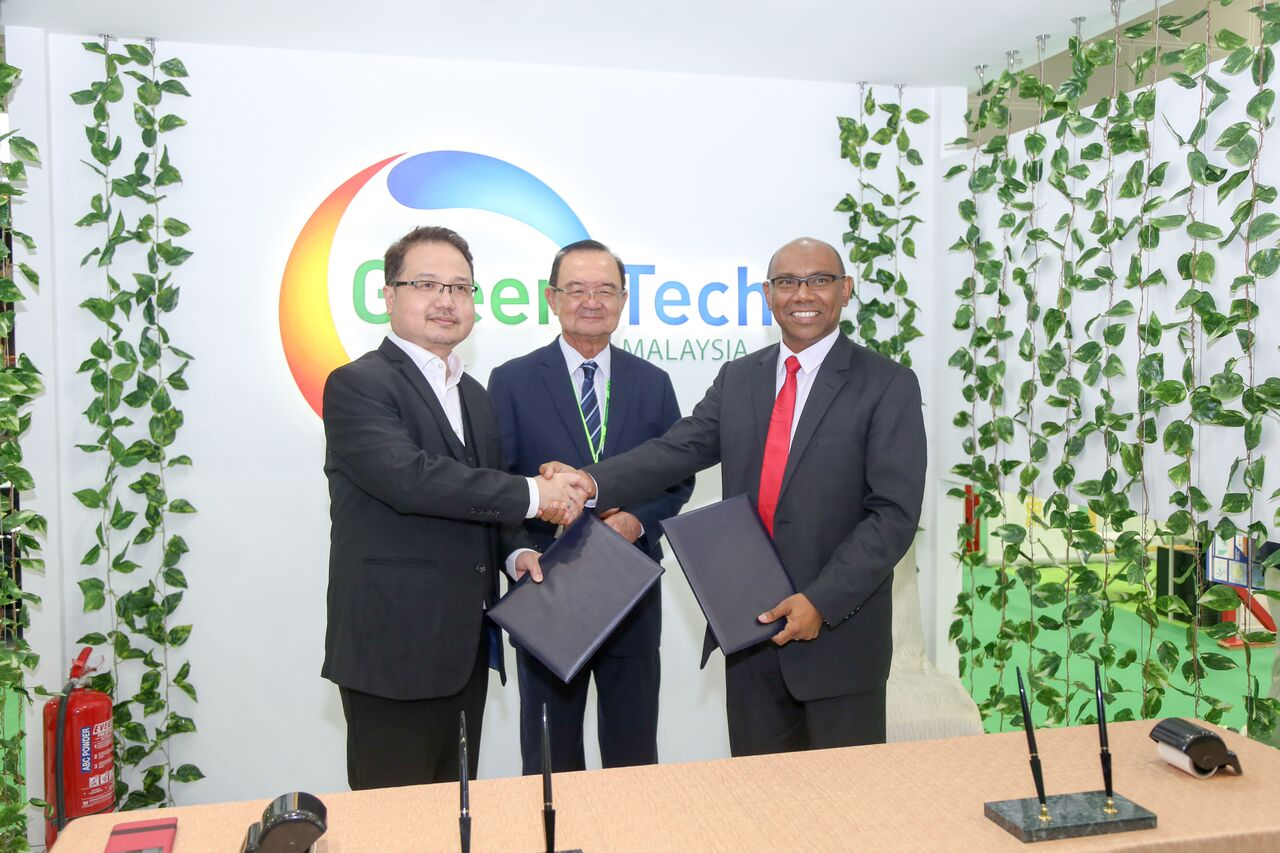 green technology in malaysia Kuching: malaysia is perhaps leading the region in an effort towards adopting green technology, encouraging malaysians towards a green lifestyle resulting in a vibrant local green economy.