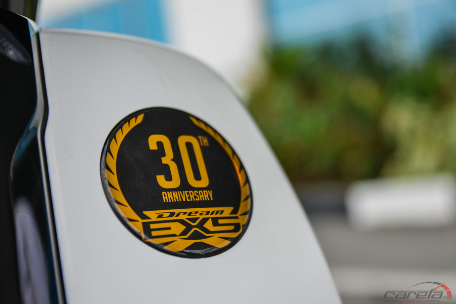 Honda 30 badge