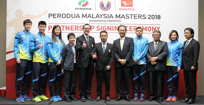 perodua group with players